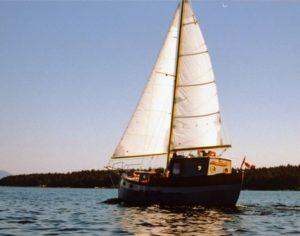 Devlin Oysta 30 Motorsailor under sail
